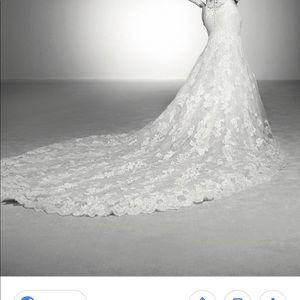 Wedding dress, never wear it
